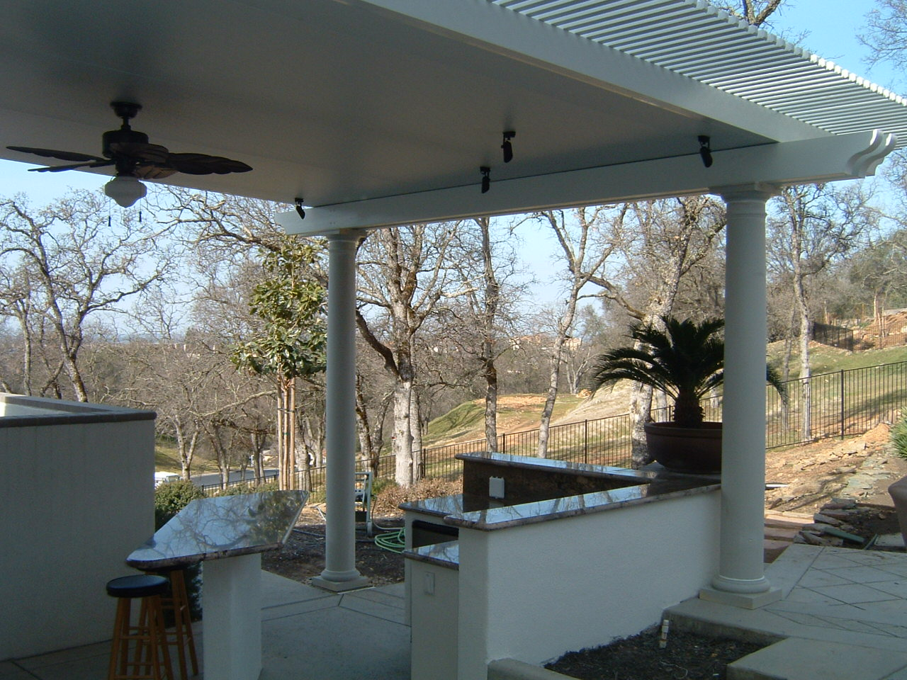 ... Low Voltage Lighting In Insulated Roof Patio Cover ...